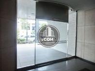 透明度のあるガラス扉