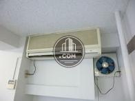 室内にエアコンが1基あります