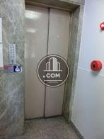 1基のエレベーターです