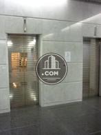 グレードの高さを感じる内装をしています。エレベーターは2基完備!
